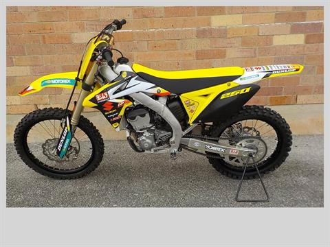 2017 Suzuki RM-Z250 in San Antonio, Texas - Photo 2