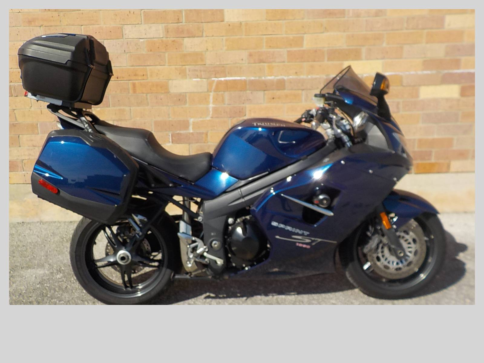 2008 Triumph Sprint ST in San Antonio, Texas - Photo 1