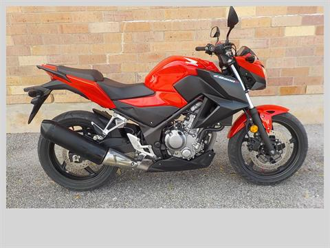 2015 Honda CB300F in San Antonio, Texas