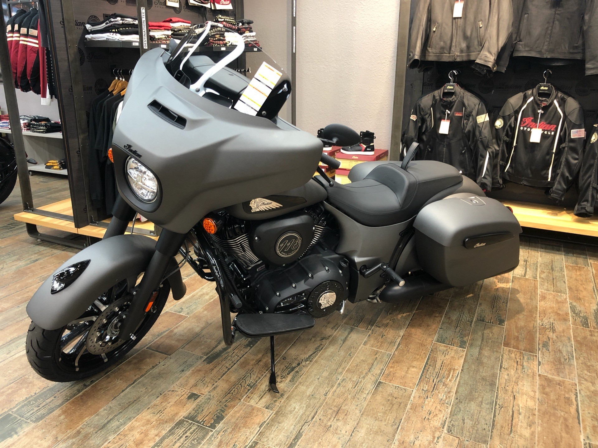 2020 Indian Chieftain® Dark Horse® in Fleming Island, Florida - Photo 4