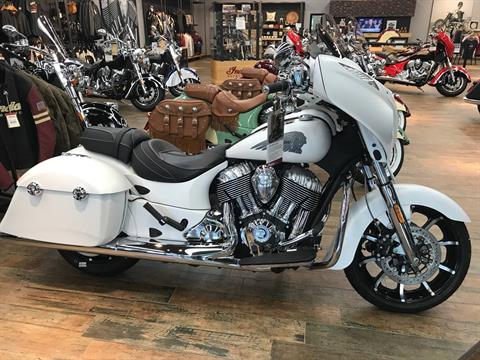 2017 Indian Chieftain® Limited in Fleming Island, Florida