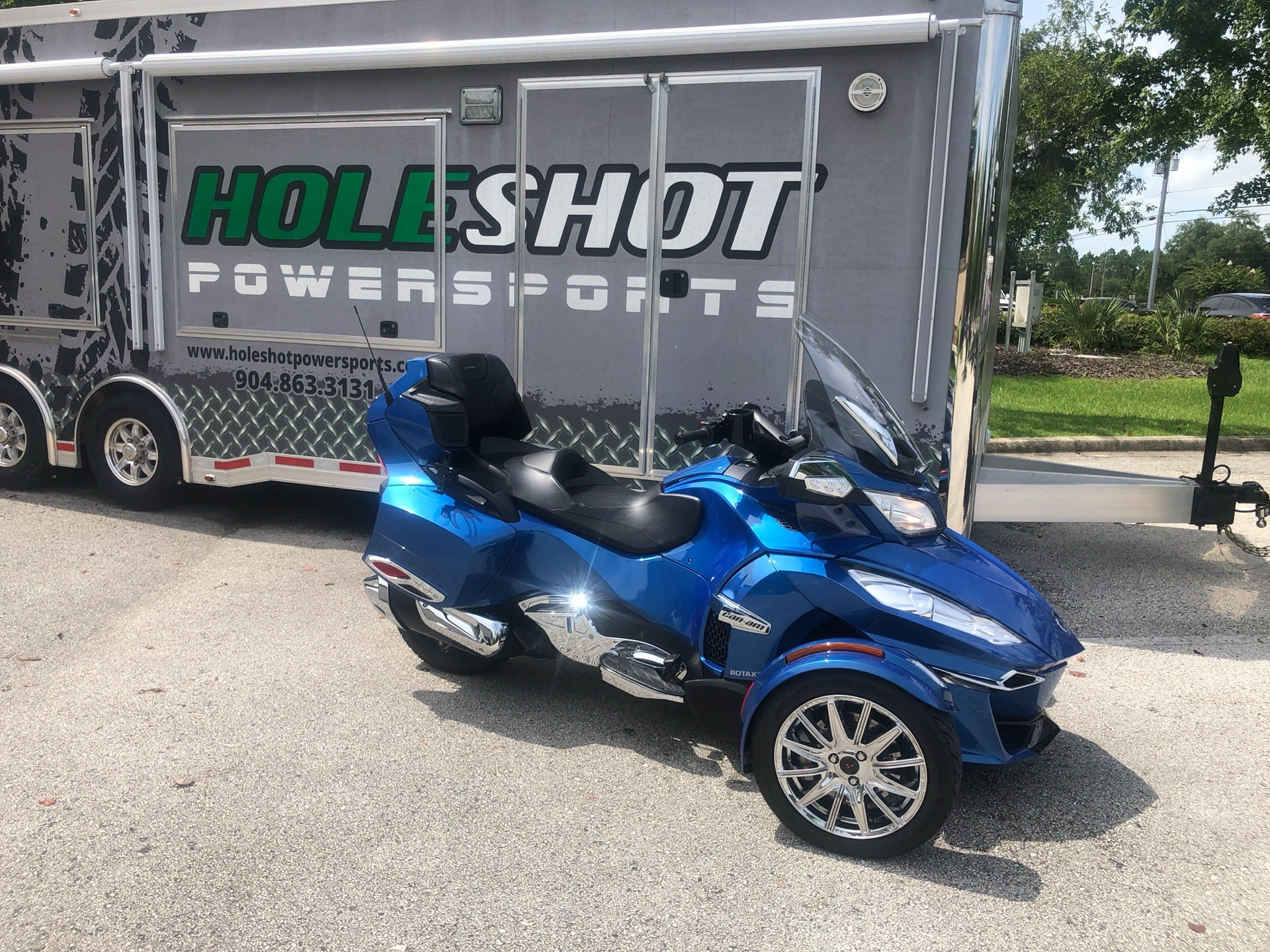 2018 Can-Am Spyder RT Limited in Fleming Island, Florida - Photo 2