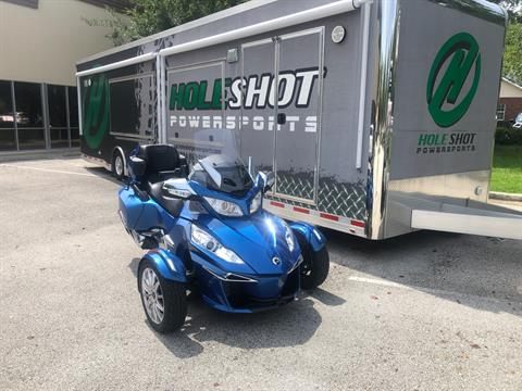 2018 Can-Am Spyder RT Limited in Fleming Island, Florida - Photo 3