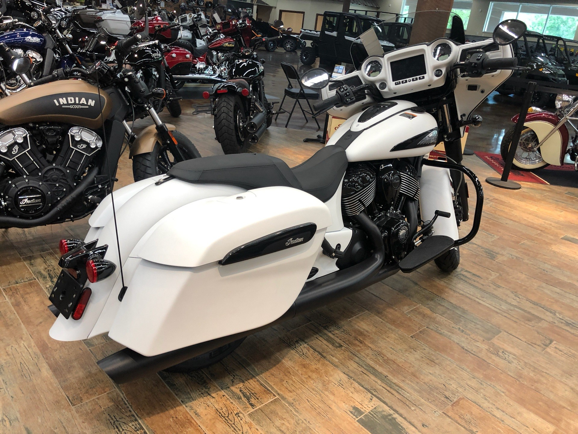 2019 Indian Chieftain Dark Horse® ABS in Fleming Island, Florida - Photo 2