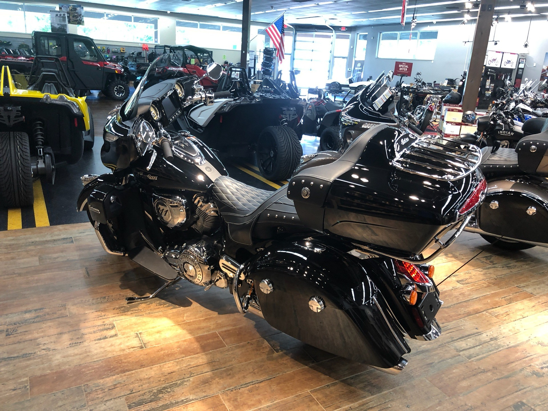 2019 Indian Roadmaster® ABS in Fleming Island, Florida - Photo 3