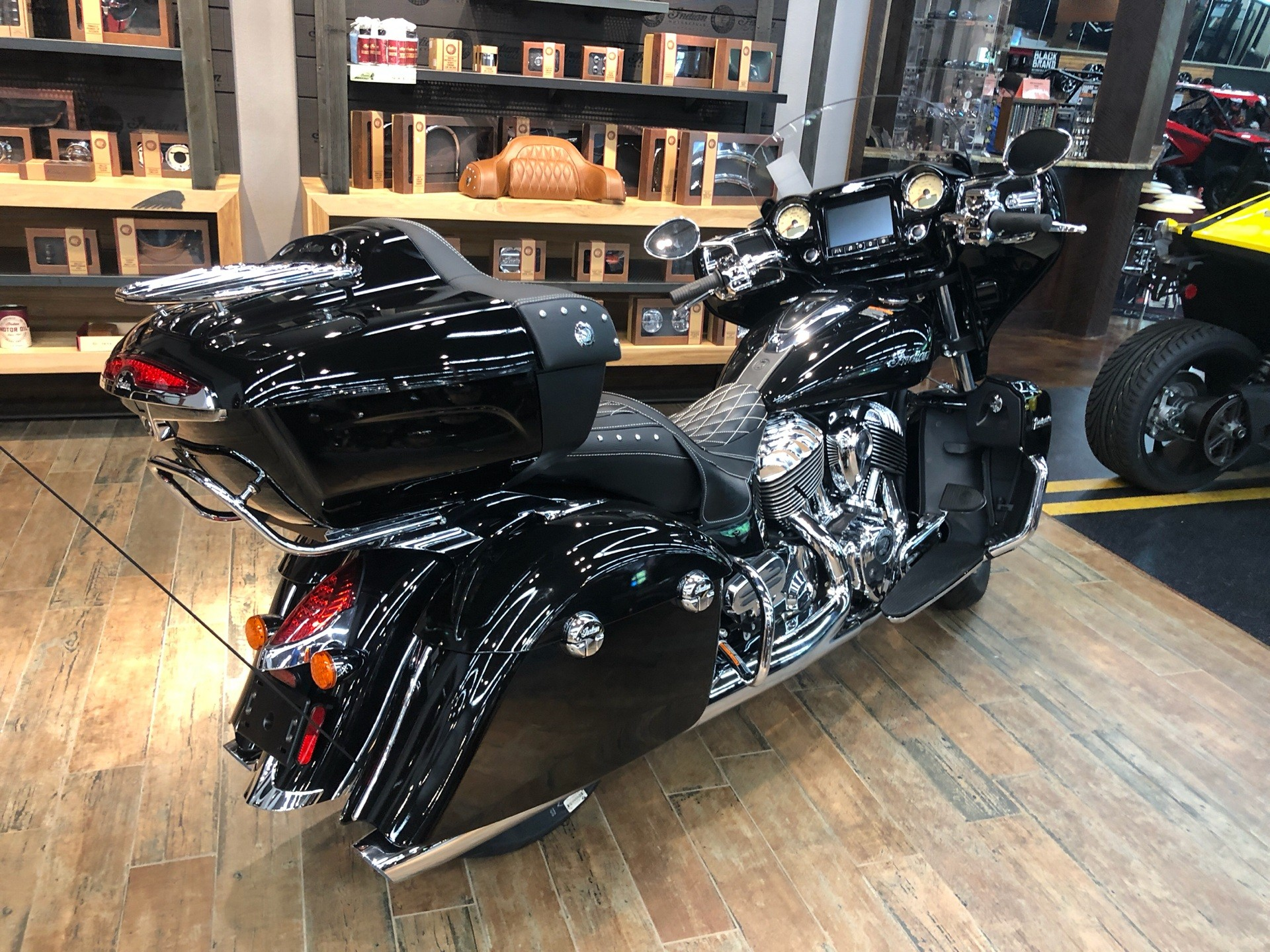 2019 Indian Roadmaster® ABS in Fleming Island, Florida - Photo 4