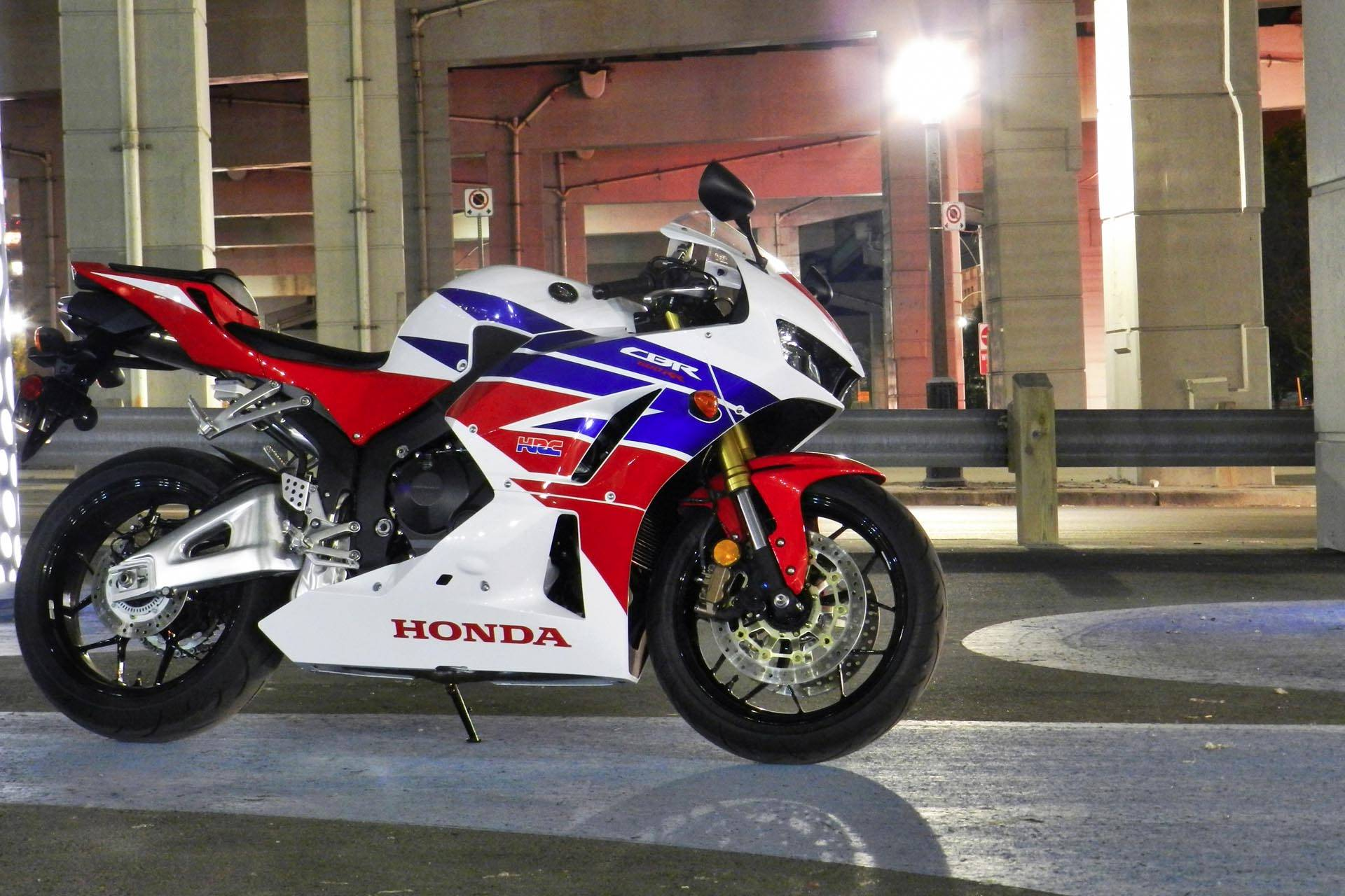 2018 BMW HP4 QA 180723 in New York, New York