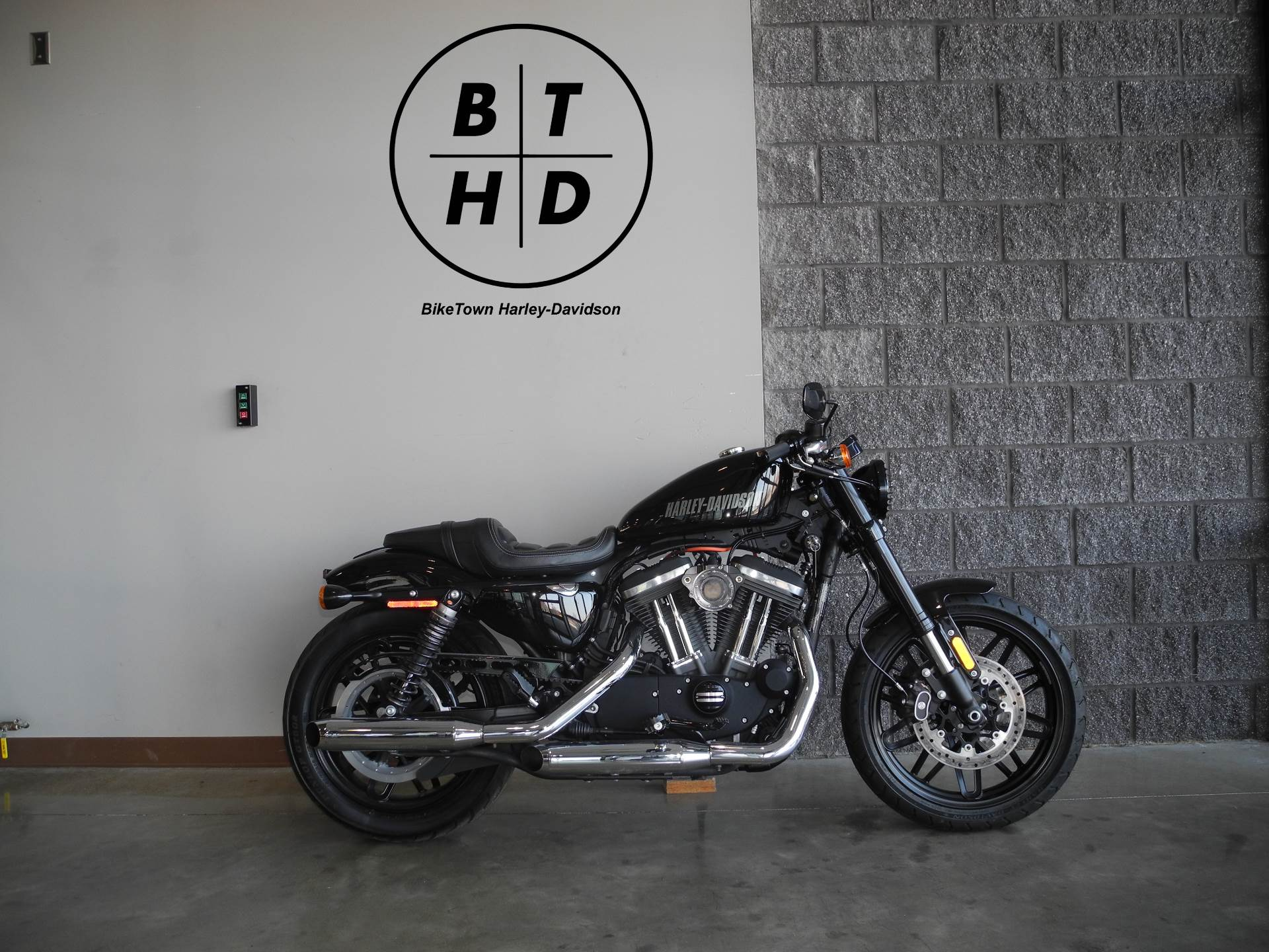 2016 Harley-Davidson Roadster™ in Youngstown, Ohio - Photo 1