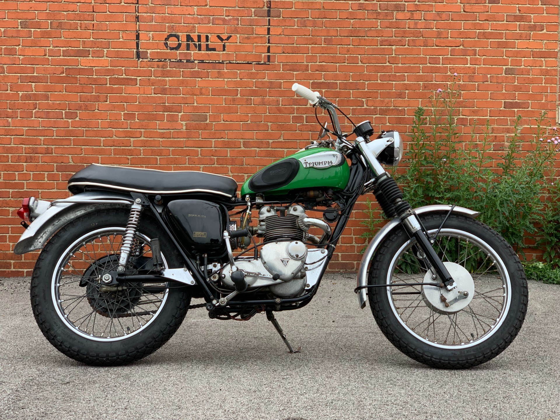 1966 Triumph T100C Trophy in Cleveland, Ohio - Photo 1