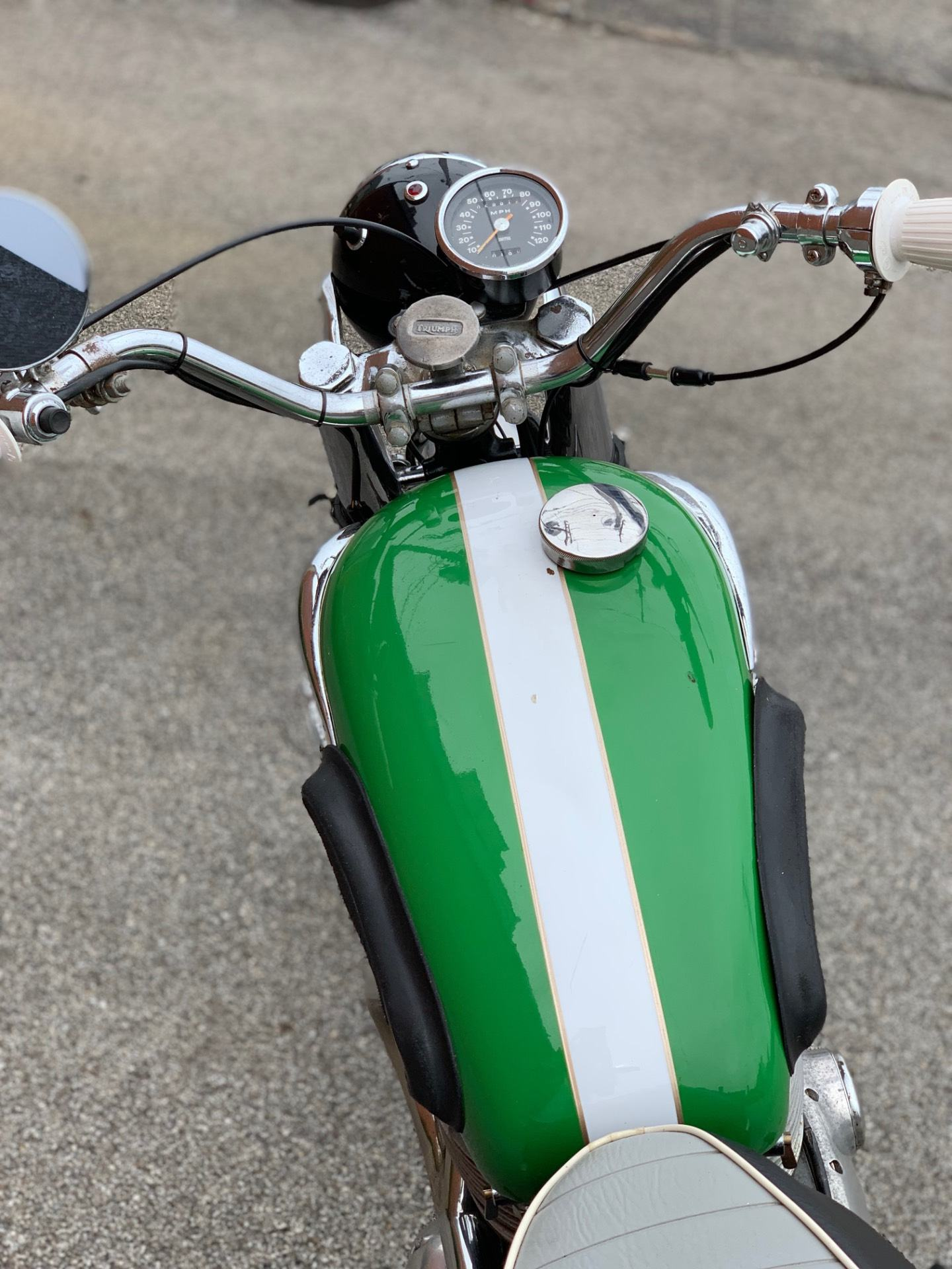 1966 Triumph T100C Trophy in Cleveland, Ohio - Photo 5