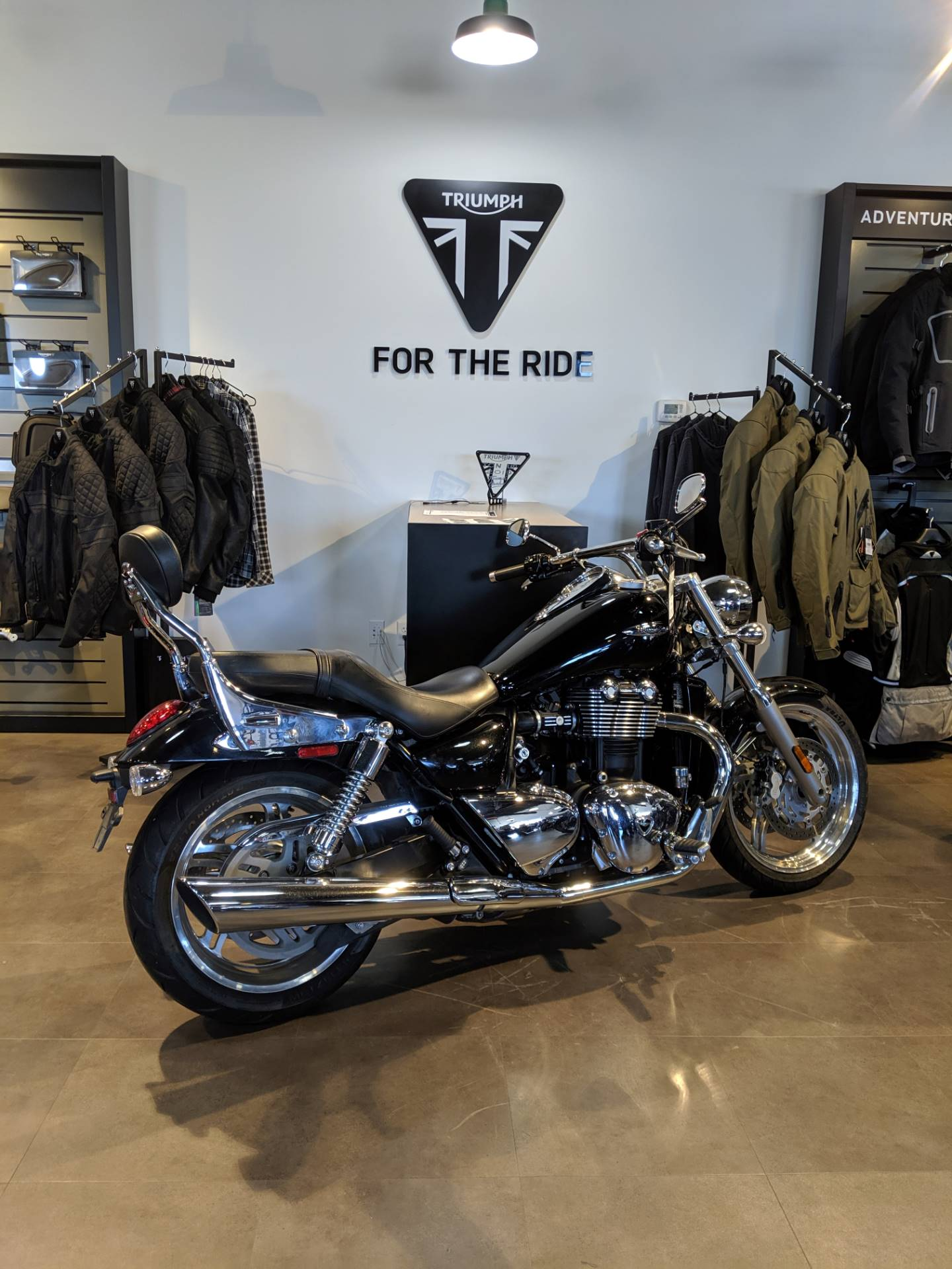 2012 Triumph Thunderbird ABS in Cleveland, Ohio - Photo 9
