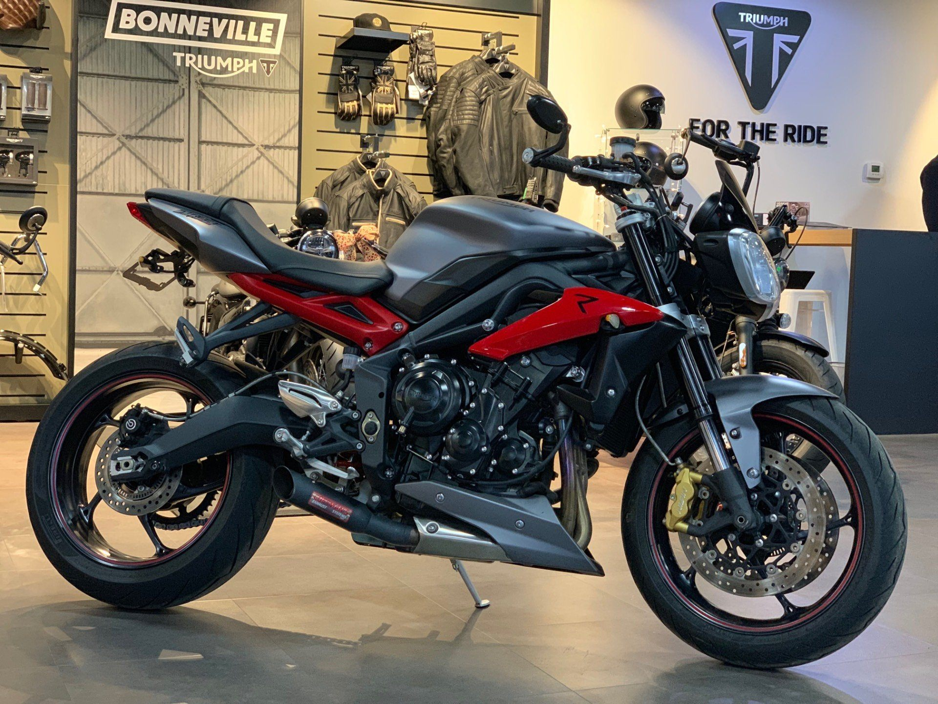 2016 Triumph Street Triple R ABS in Cleveland, Ohio