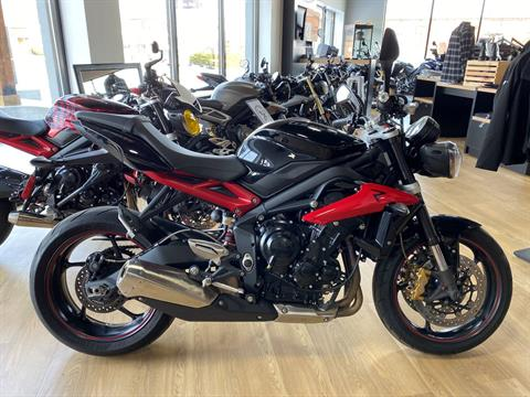2014 Triumph Street Triple ABS in Cleveland, Ohio - Photo 12