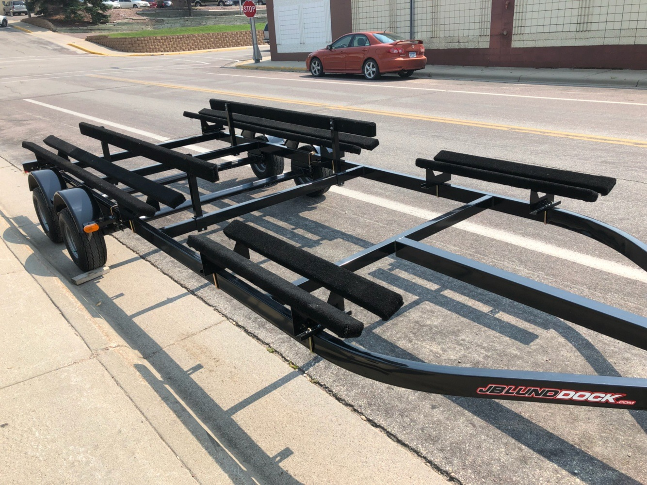 2018 Lund PONTOON TRAILER 19'-21' TANDEM in Ortonville, Minnesota - Photo 3