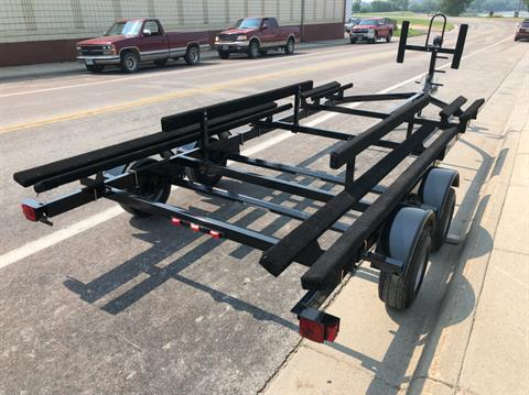 2018 Lund PONTOON TRAILER 19'-21' TANDEM in Ortonville, Minnesota - Photo 4