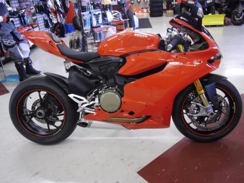2014 Ducati Superbike 1199 Panigale S in Saint Joseph, Missouri