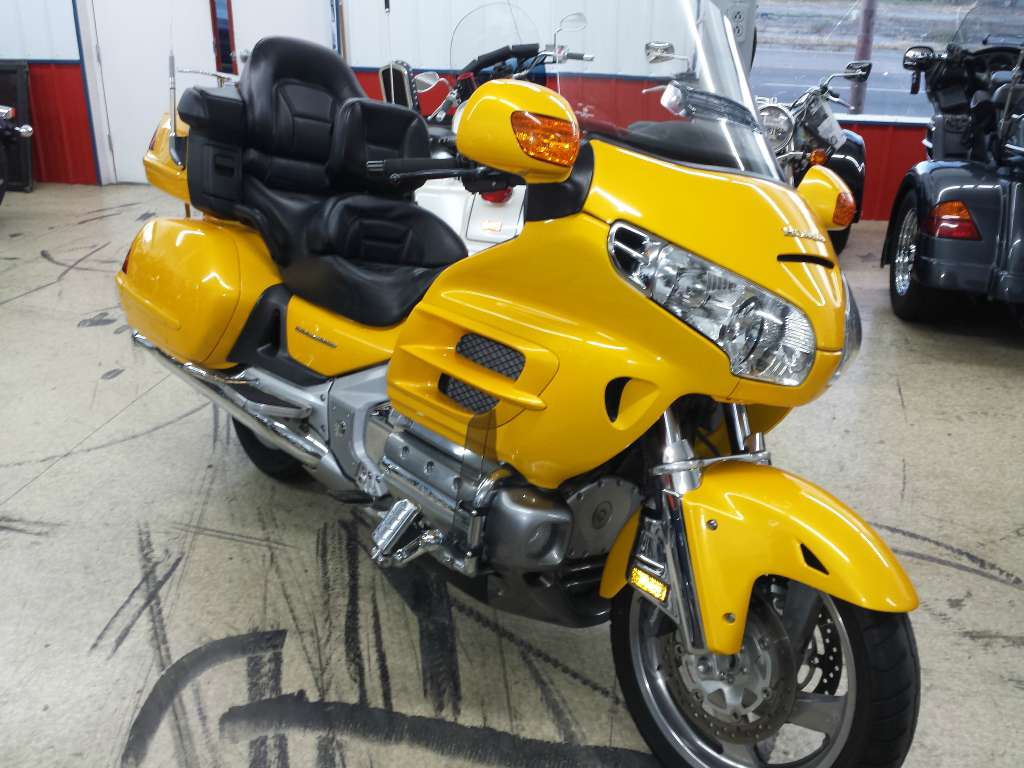 2002 Honda Gold Wing in Johnson City, Tennessee