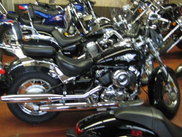 2003 Yamaha V Star Classic in Johnson City, Tennessee - Photo 1