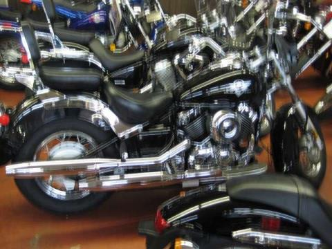 2003 Yamaha V Star Classic in Johnson City, Tennessee - Photo 3