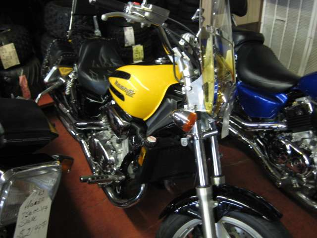 1997 Honda vf 750c in Johnson City, Tennessee