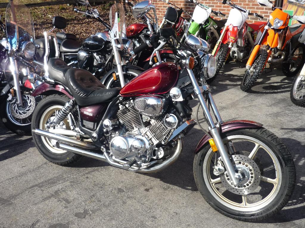1998 Yamaha 1100 in Johnson City, Tennessee