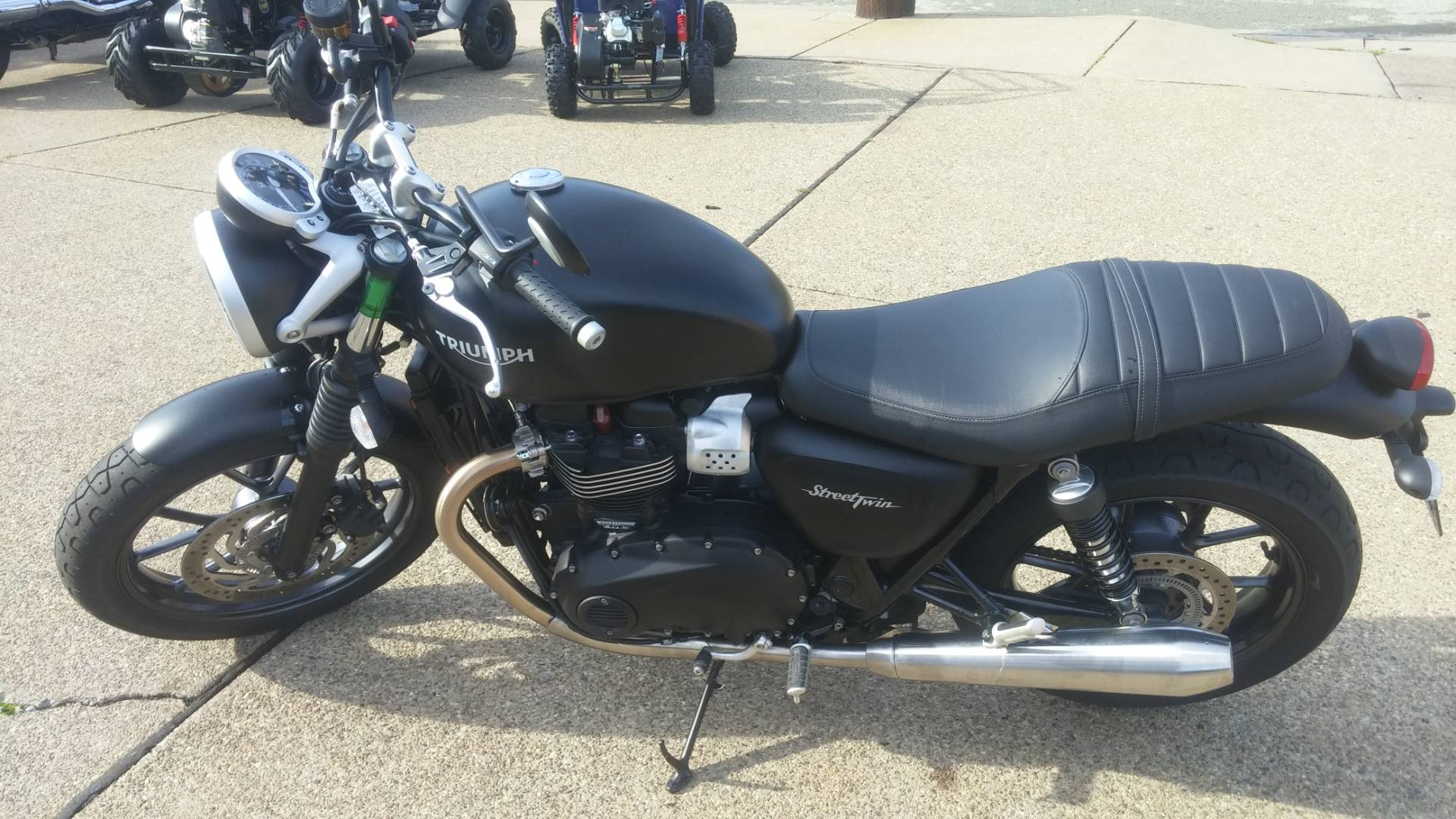 2017 Triumph Street Twin in Tarentum, Pennsylvania