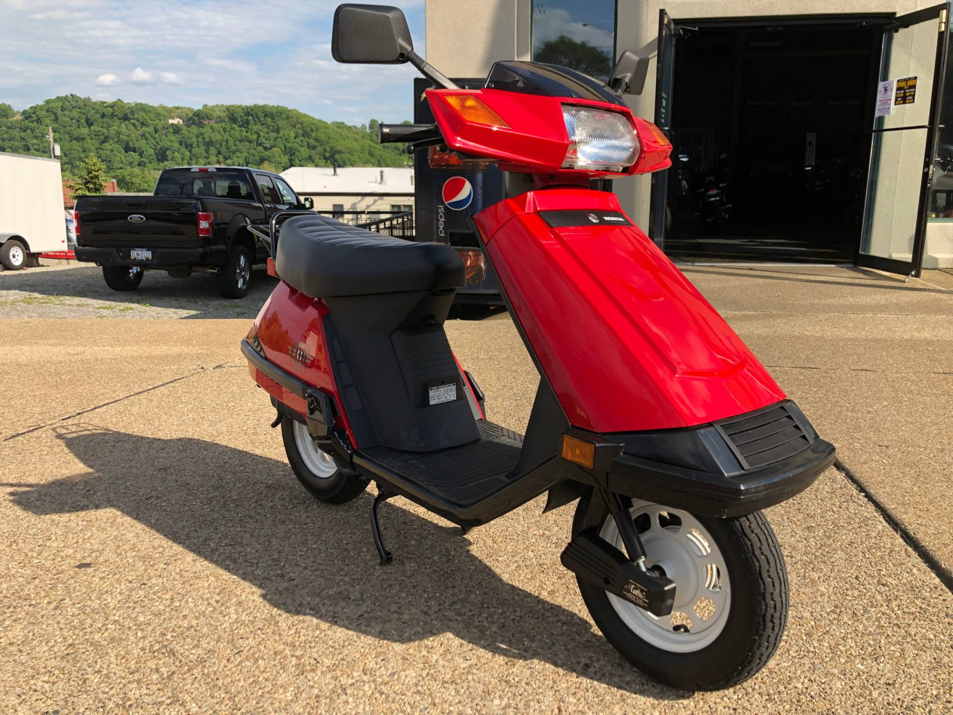 2004 Honda Elite 80 in Tarentum, Pennsylvania - Photo 3