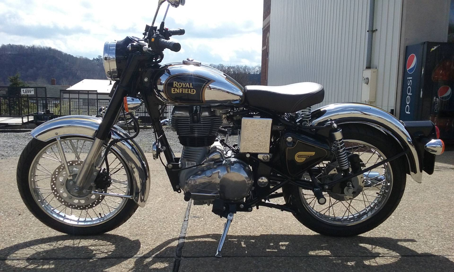 2016 Royal Enfield Classic Chrome in Tarentum, Pennsylvania