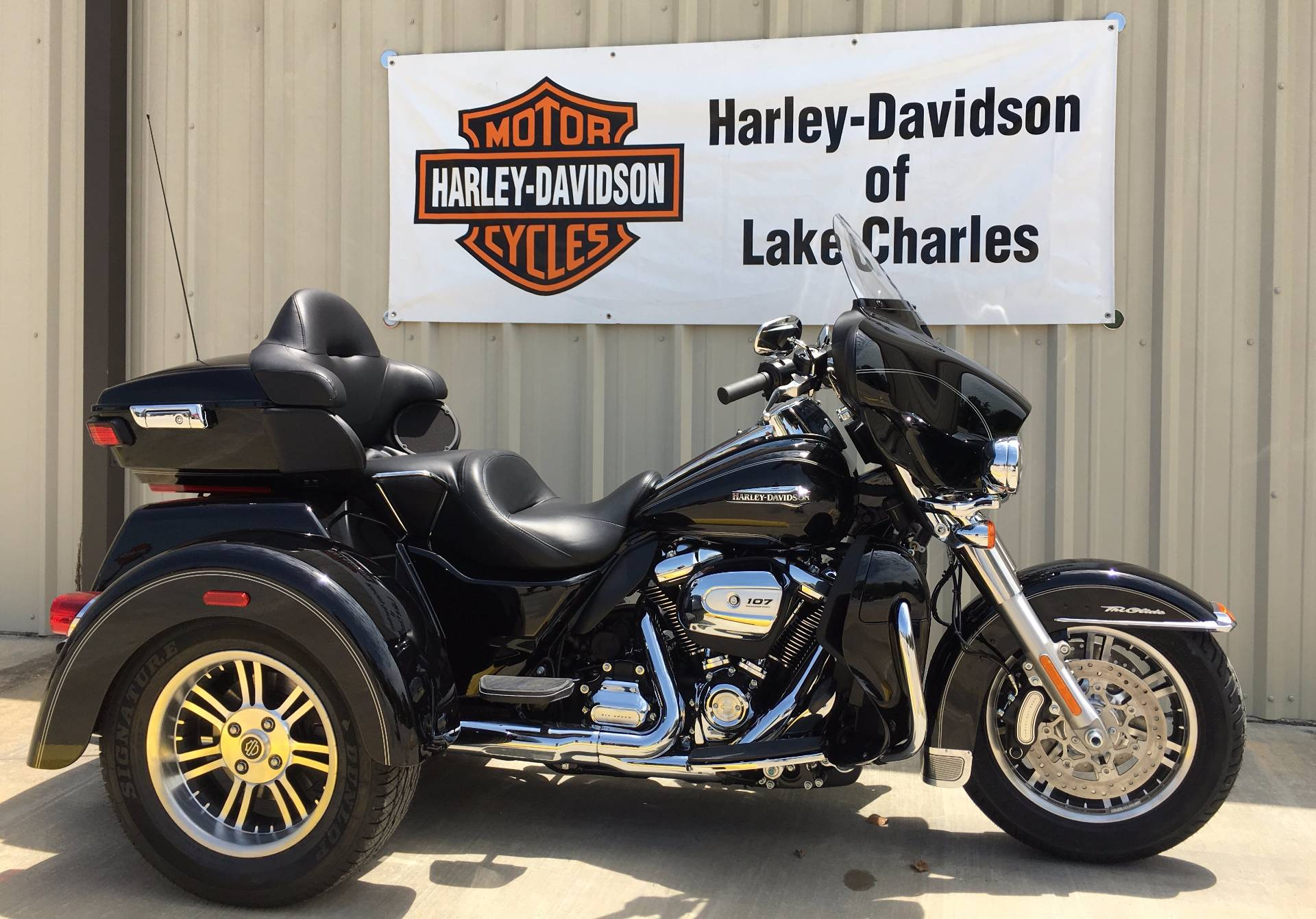 Harley Davidson 2017 Tri Glide Ultra Price Specs Review: New 2017 Harley-Davidson Tri Glide® Ultra Trikes In Lake