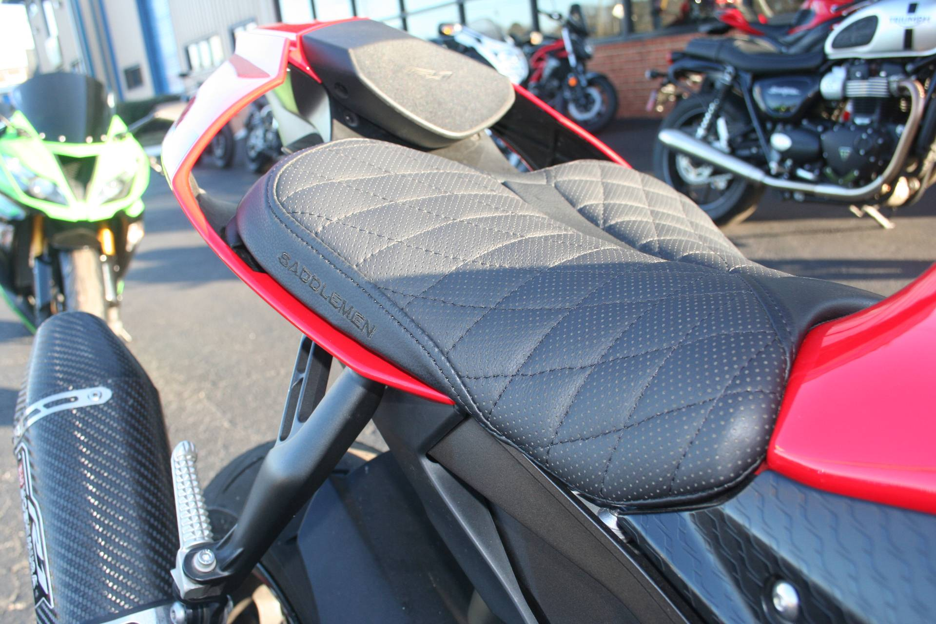 2015 Yamaha YZF-R1 in Norfolk, Virginia - Photo 3
