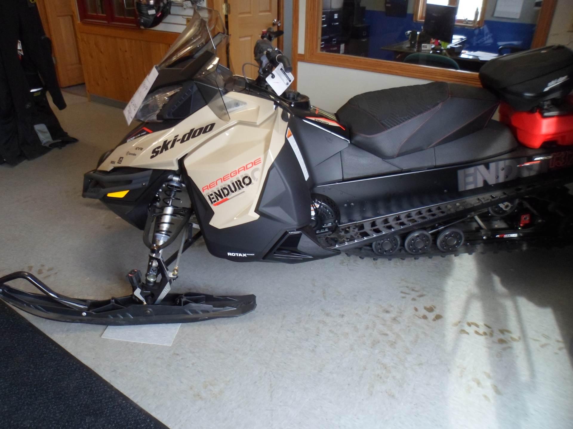 2017 Ski-Doo Renegade Enduro 600 H.O. E-TEC E.S. in Rice Lake, Wisconsin