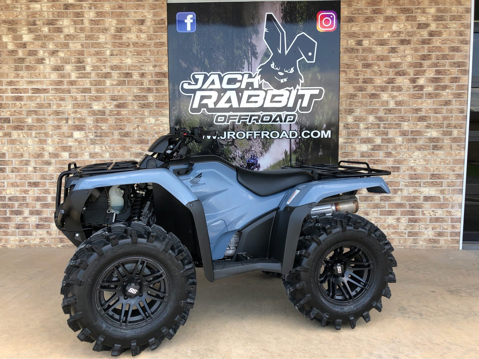 2017 Honda FourTrax Rancher 4x4 DCT EPS 1