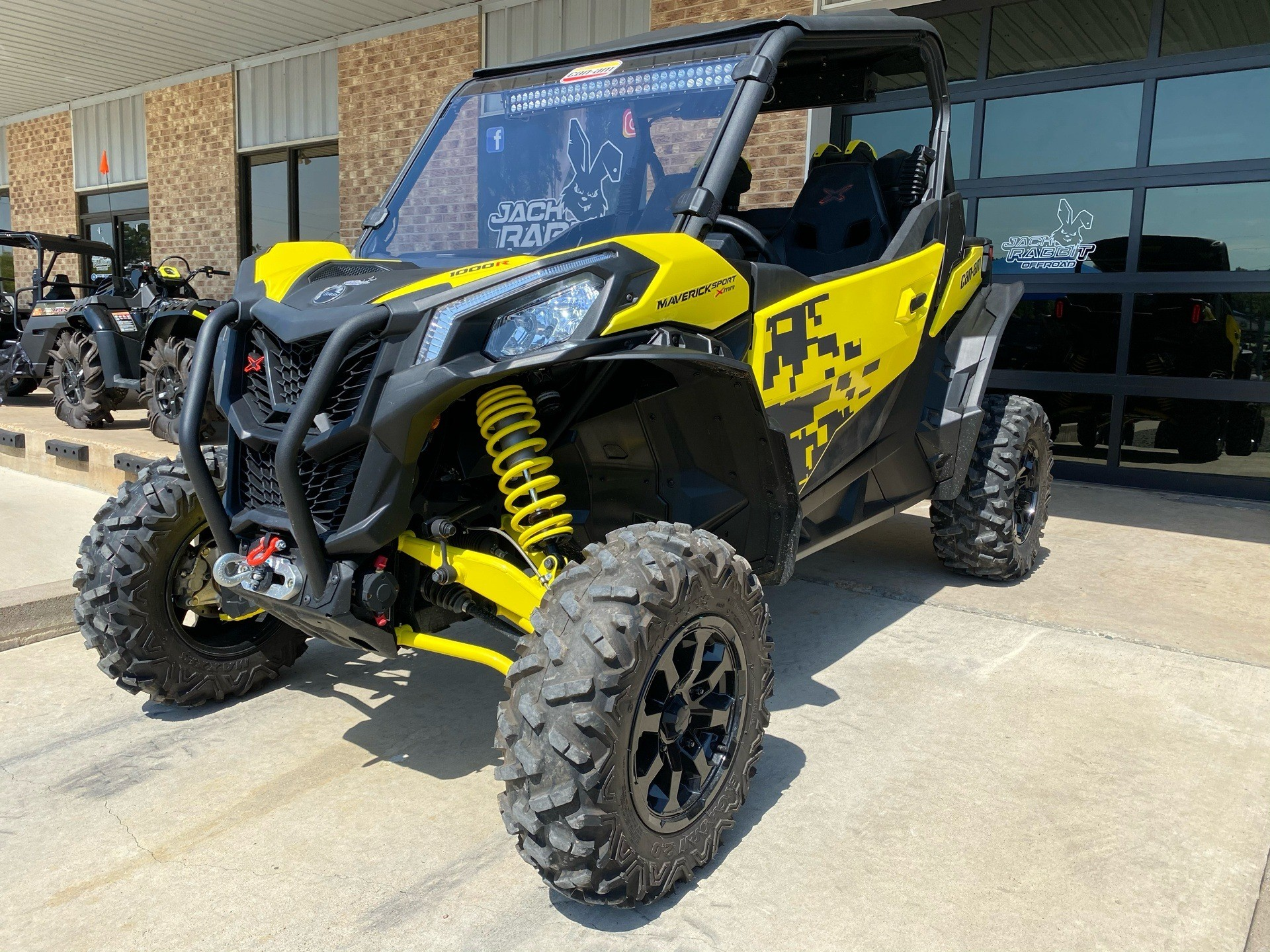 2019 Can-Am Maverick Sport X MR 1000R in Marshall, Texas - Photo 2