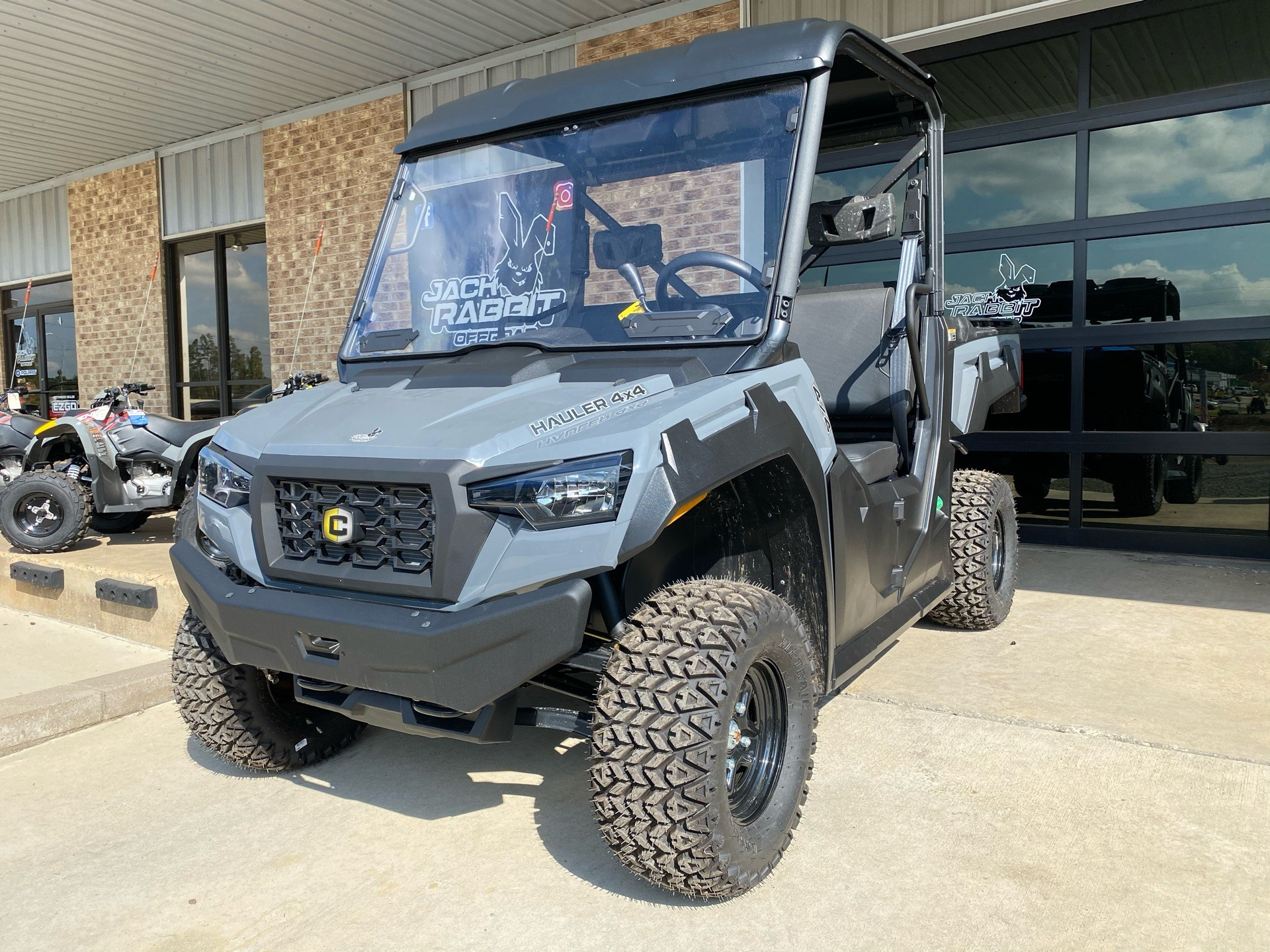 2020 Cushman Hauler 4X4 Diesel in Marshall, Texas - Photo 2