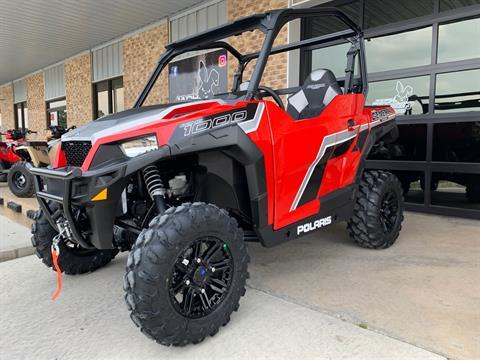 2019 Polaris General 1000 EPS Premium in Marshall, Texas - Photo 1