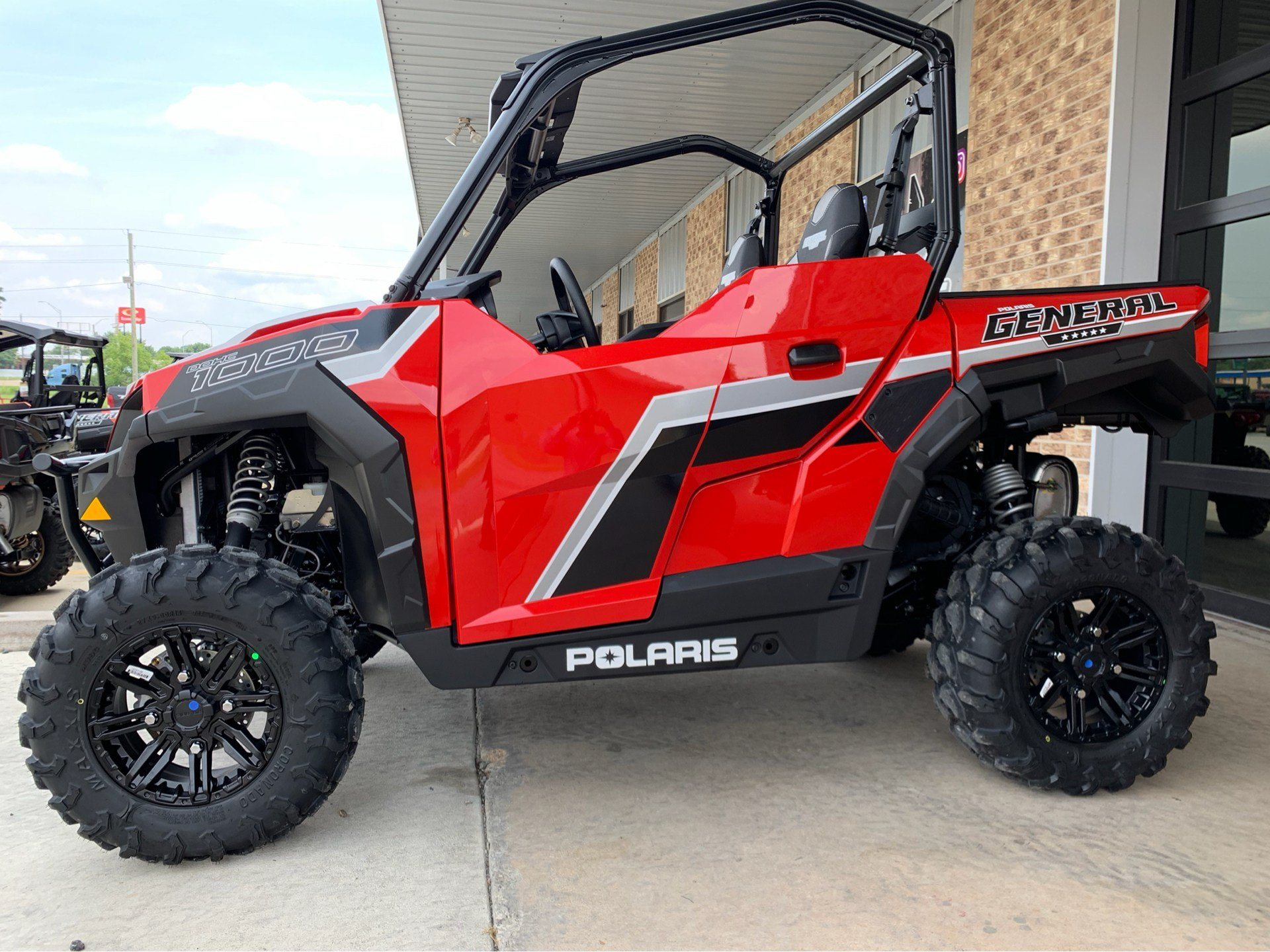 2019 Polaris General 1000 EPS Premium in Marshall, Texas - Photo 2