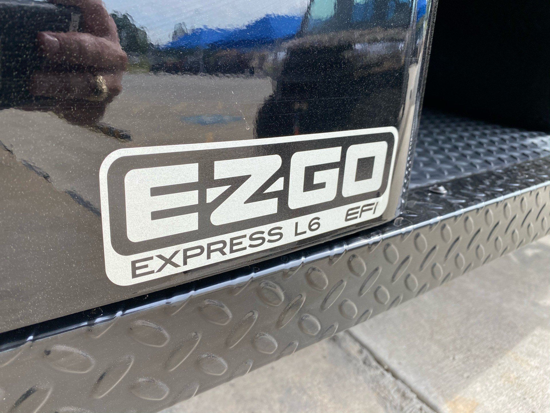 2020 E-Z-GO Express L6 Gas in Marshall, Texas - Photo 9