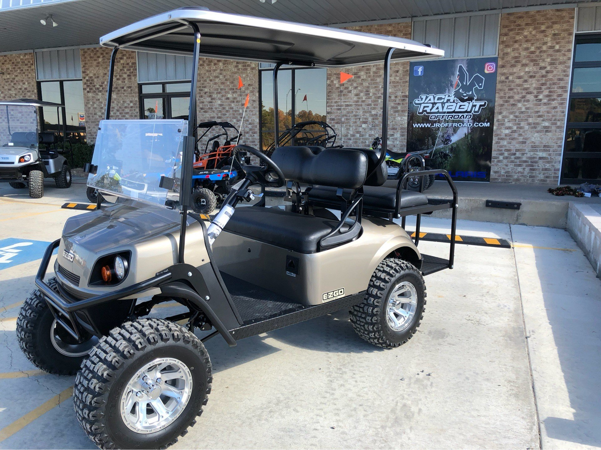 2019 E-Z-GO Express S4 Electric in Marshall, Texas - Photo 1