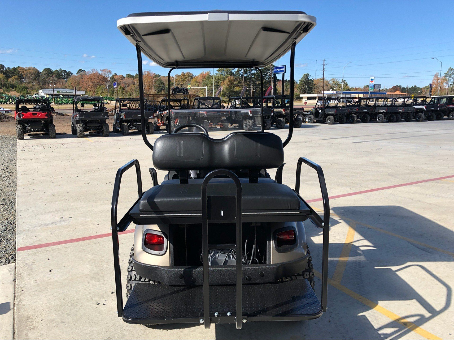 2019 E-Z-GO Express S4 Electric in Marshall, Texas - Photo 3