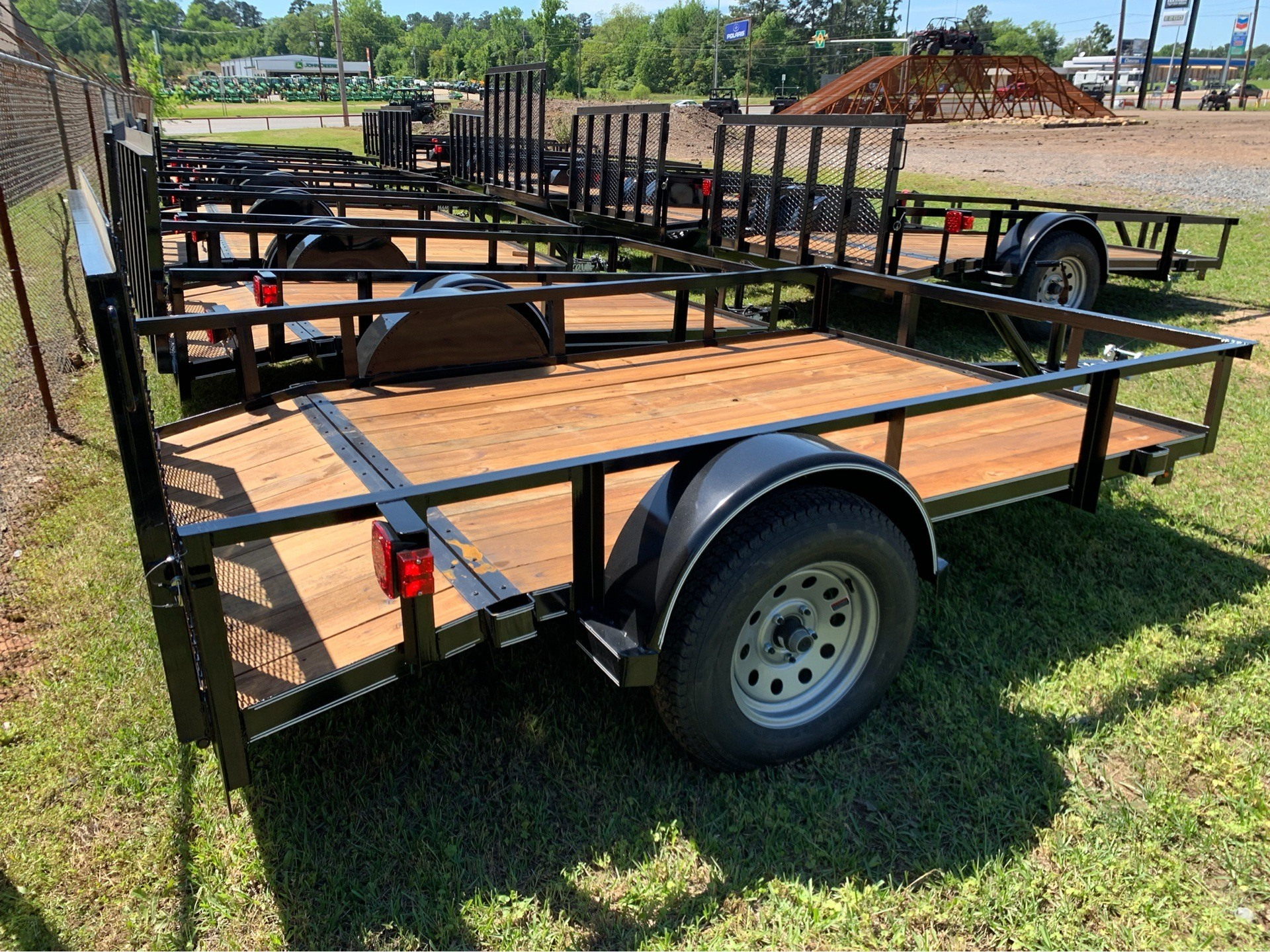 "2019 Falcon TrailerWorks 77"" X 10' Single Axle in Marshall, Texas - Photo 3"