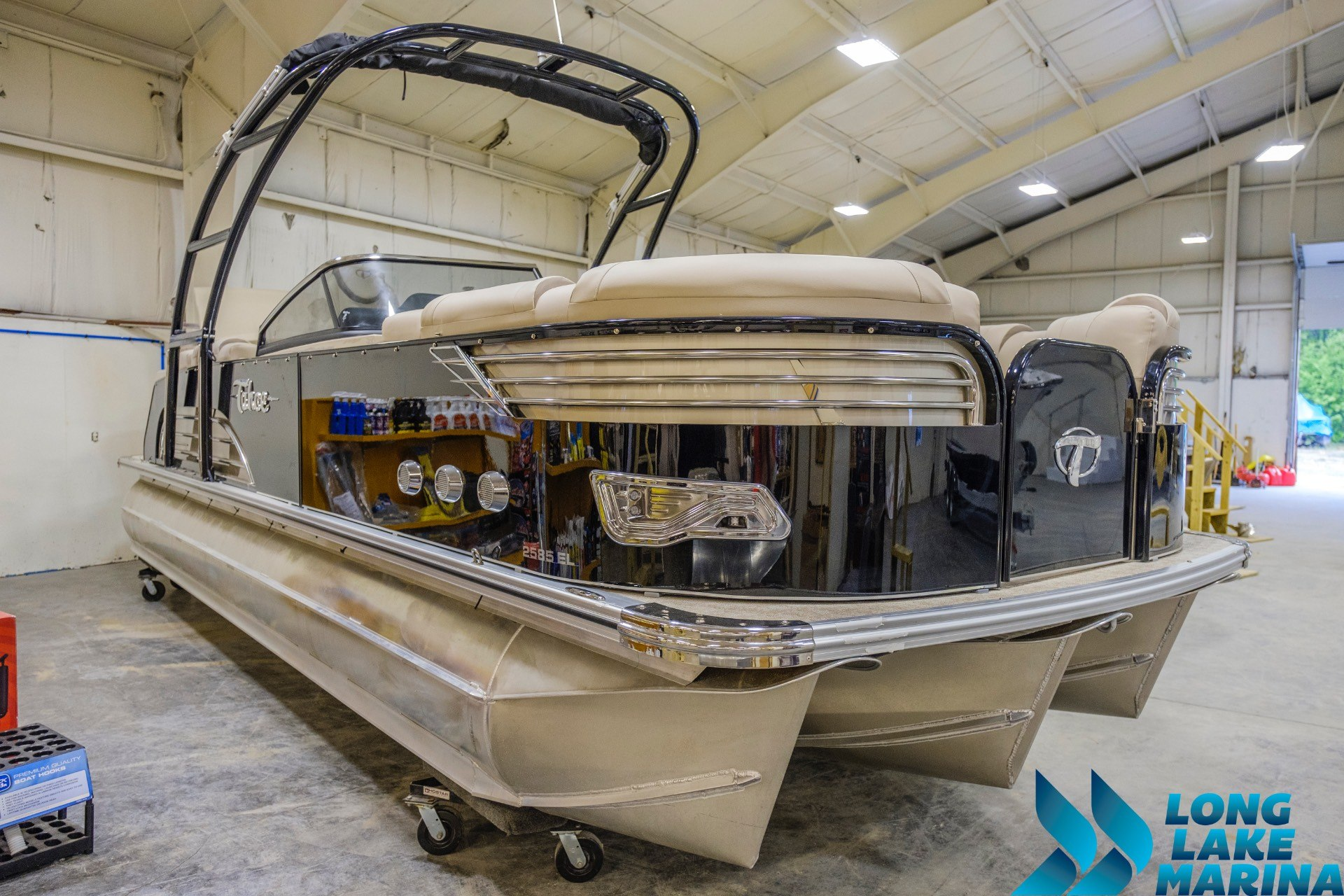2017 Tahoe Pontoon Vision Windshield in Naples, Maine