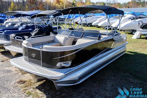 2018 Tahoe Pontoon 24' LTZ Elite Windshield in Naples, Maine