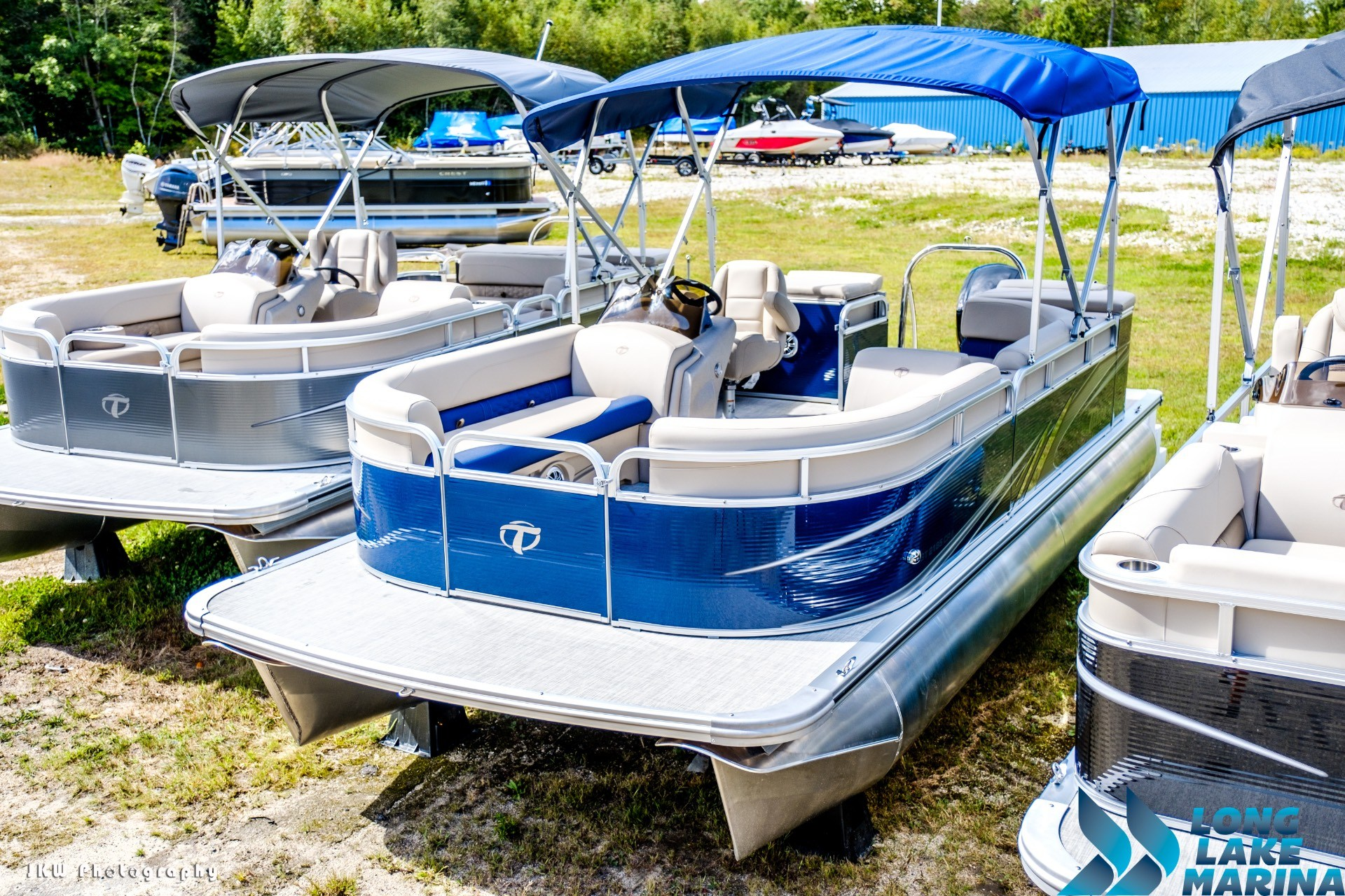 2018 Tahoe Pontoon GT Cruise 21' in Naples, Maine