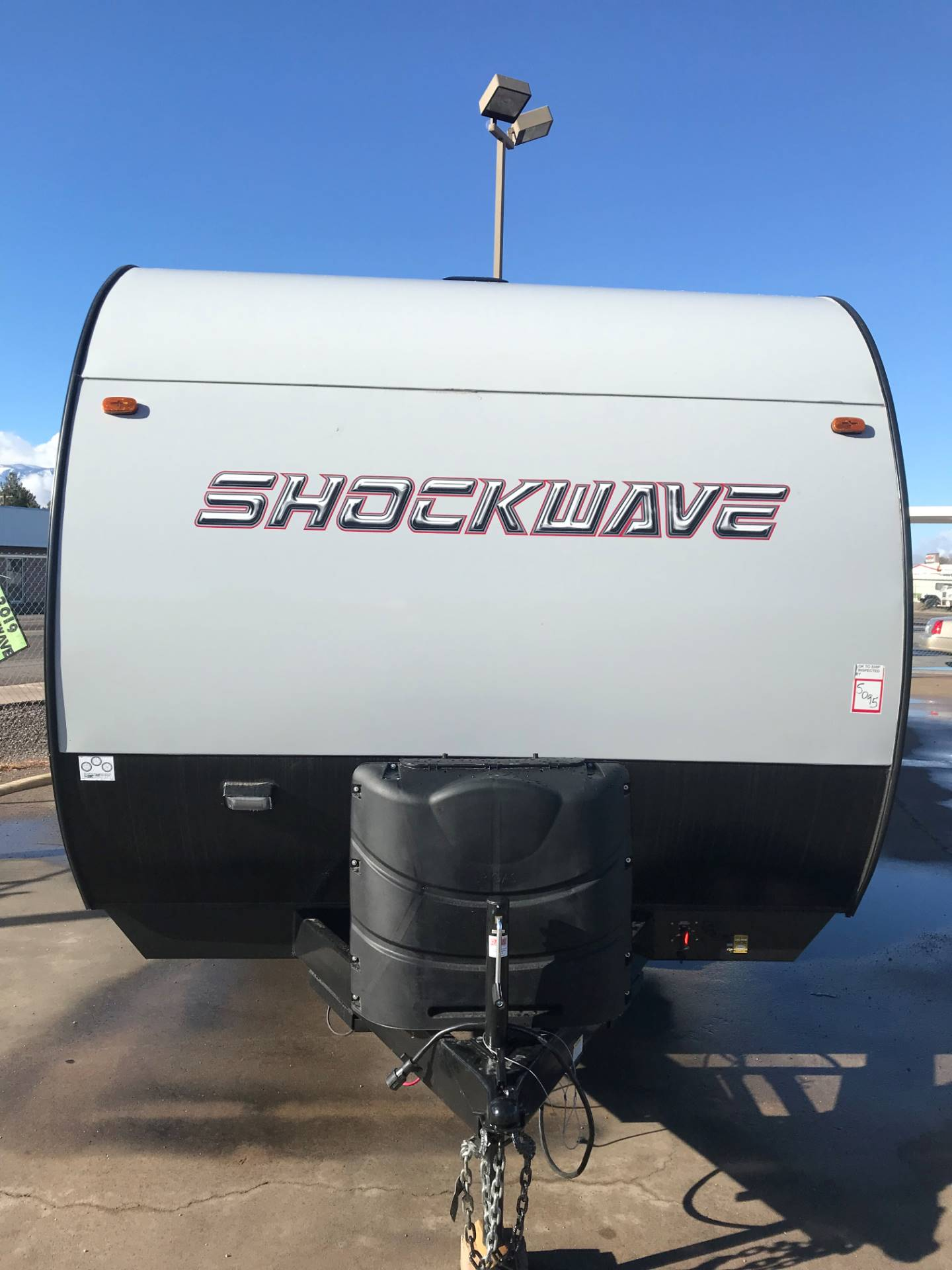 2019 FOREST RIVER Shockwave Toy Hauler in Safford, Arizona - Photo 3