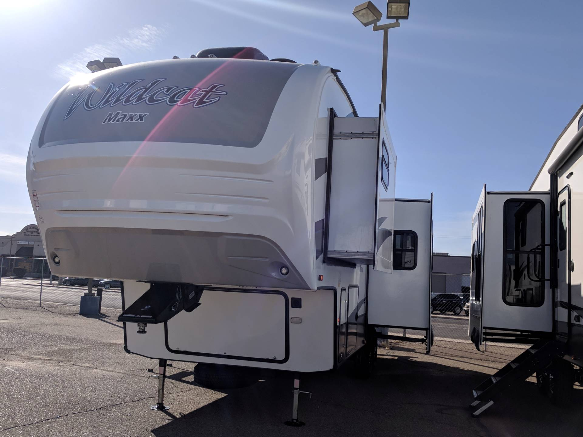 2018 FOREST RIVER 285RKX in Safford, Arizona - Photo 2