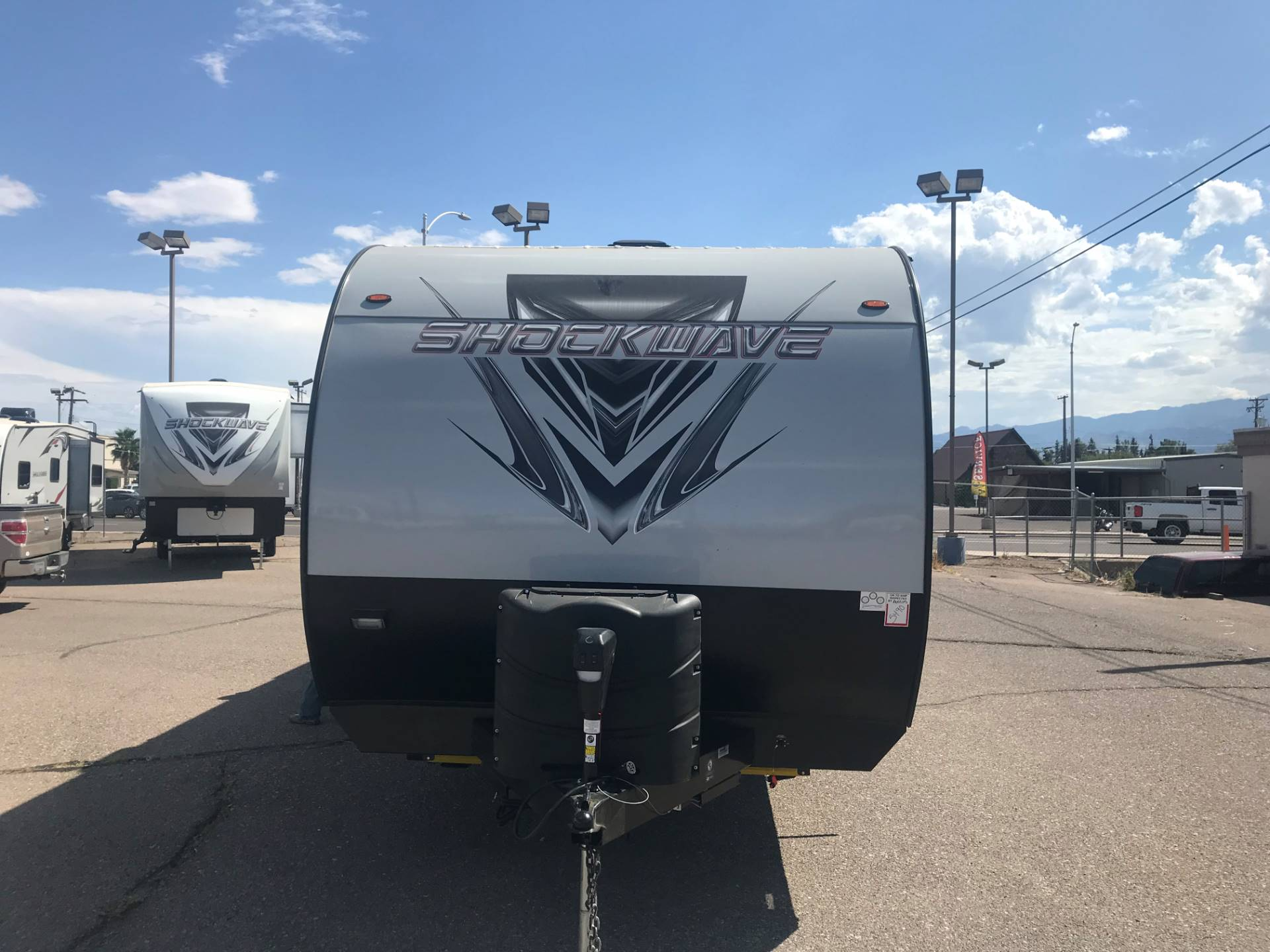 2020 FOREST RIVER Shockwave Toyhauler in Safford, Arizona - Photo 2