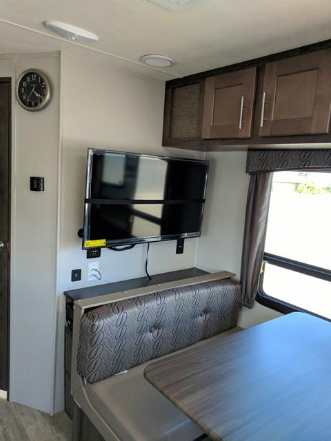 2018 FOREST RIVER 245RGX in Safford, Arizona
