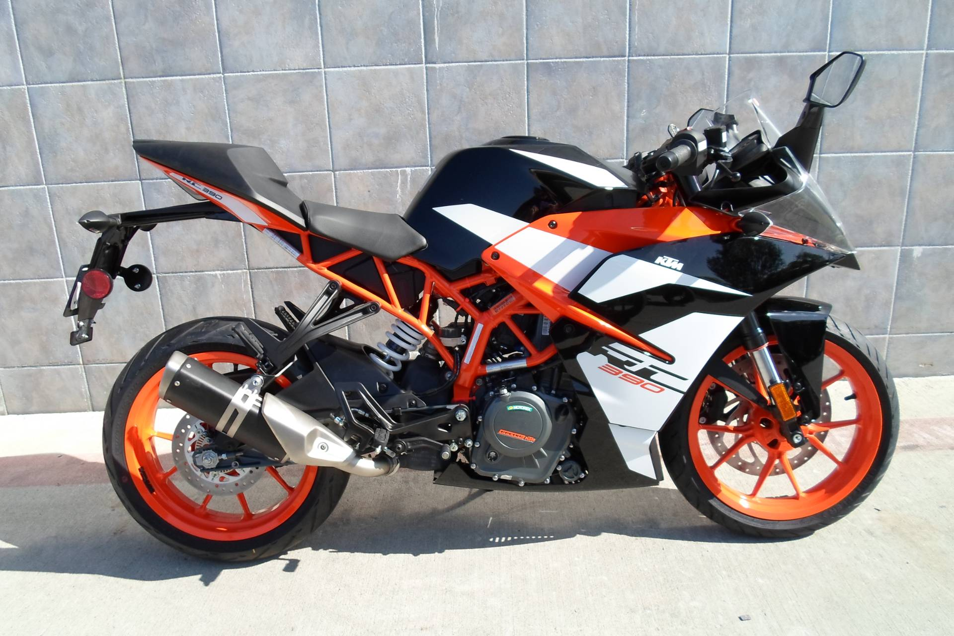 new 2018 ktm rc 390 motorcycles in san marcos ca. Black Bedroom Furniture Sets. Home Design Ideas