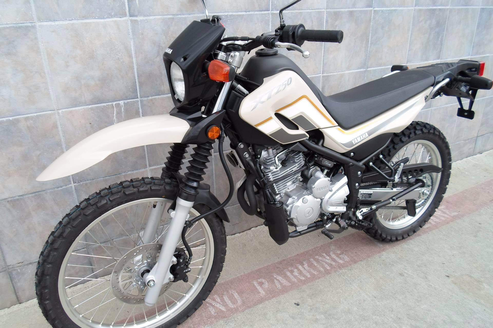 New 2018 Yamaha XT250 Motorcycles in San Marcos, CA