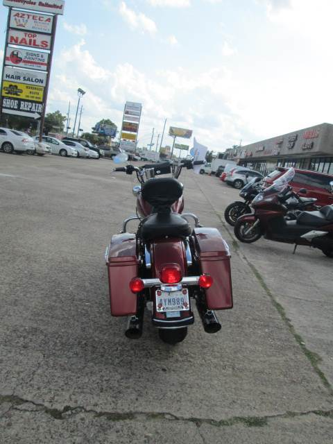 2009 Harley-Davidson Road King® Classic in Houston, Texas - Photo 5